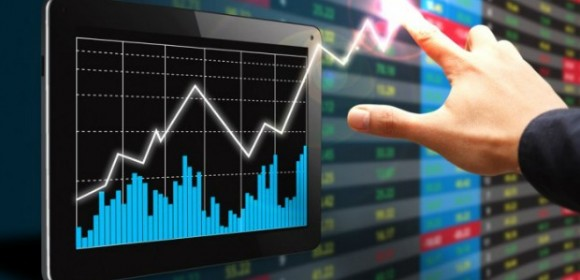 Get-Your-Money-a-Real-Swing-at-Forex-Markets-580x280
